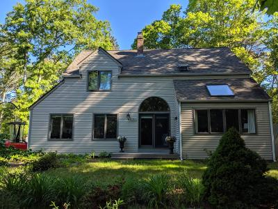 Barnstable Single Family Home For Sale: 460 Whistleberry Drive