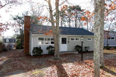 Mashpee Single Family Home For Sale: 66 Uncle Percy's Rd. Road