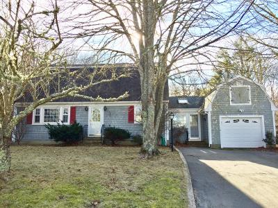 Falmouth Single Family Home For Sale: 11 Surrey Lane