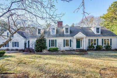 Barnstable Single Family Home For Sale: 64 Beach Plum Lane