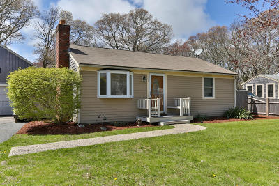 Barnstable Single Family Home For Sale: 167 Buckwood Drive