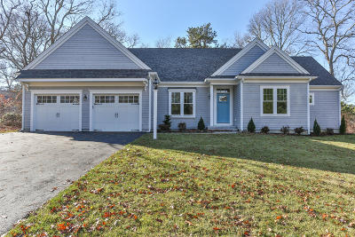 Mashpee Single Family Home For Sale: 583 Great Hay Road