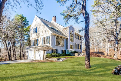 Barnstable Single Family Home For Sale: 361 Old Jail Lane