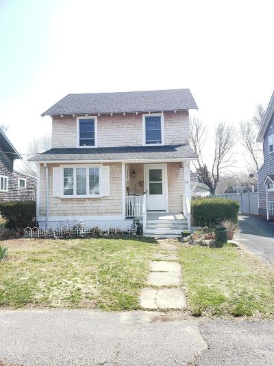 Falmouth Single Family Home For Sale: 24 Prospect Street