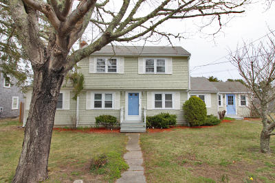 Yarmouth Single Family Home For Sale: 66 Pond Street