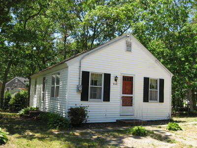 Dennis Single Family Home For Sale: 656 Main Street
