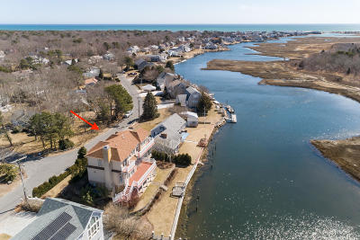 Yarmouth Single Family Home For Sale: 53 Neptune Lane