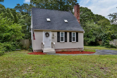 Barnstable Single Family Home For Sale: 100 Kelley Road