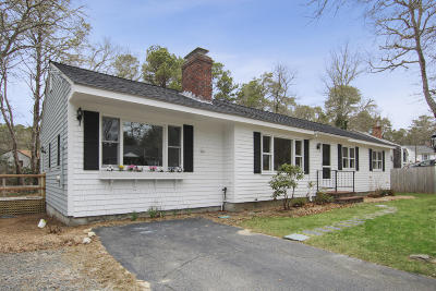 Barnstable Single Family Home For Sale: 160 Acorn Drive