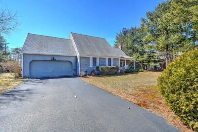 Barnstable Single Family Home For Sale: 243 Huckins Neck Road