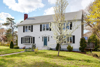 Yarmouth Single Family Home For Sale: 10 Keel Cape Drive