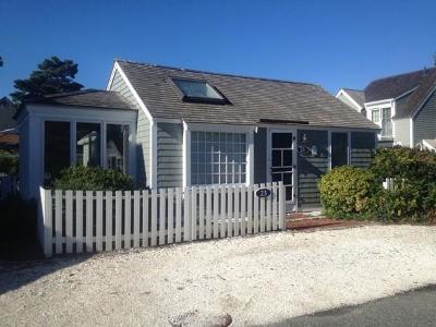 Mashpee Condo/Townhouse For Sale: 23 Hydrangea Lane