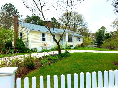 Harwich Single Family Home For Sale: 39 Driftwood Lane