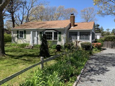 Yarmouth Single Family Home For Sale: 55 Pawkannawkut Drive