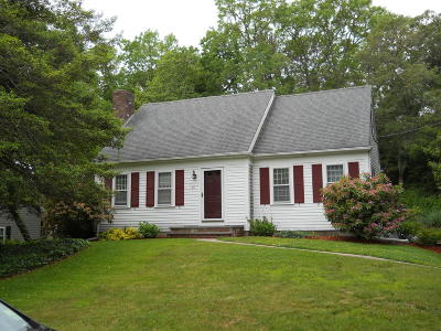Barnstable Single Family Home For Sale: 29 Willow Run Drive