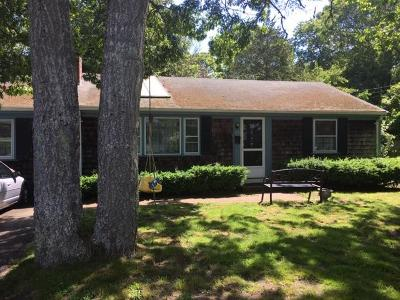 Yarmouth Single Family Home For Sale: 22 Mayflower Lane