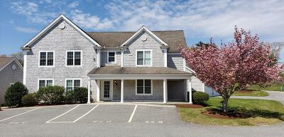Mashpee Condo/Townhouse For Sale: 24 Center Street #B