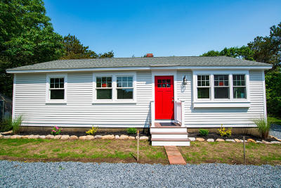 Sandwich Single Family Home For Sale: 128 Snake Pond Road