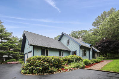 Barnstable Single Family Home For Sale: 81 White Birch Way