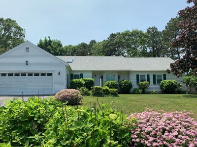 Yarmouth Single Family Home For Sale: 63 Driving Tee Circle