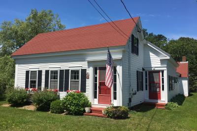 Chatham Single Family Home For Sale: 144 Pleasant Street