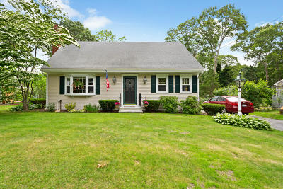 Barnstable Single Family Home For Sale: 6 Rustic Lane