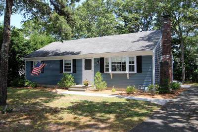 Harwich Single Family Home For Sale: 31 Connecticut Avenue