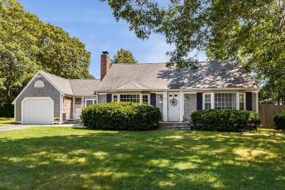 Barnstable Single Family Home For Sale: 73 Lillian Drive