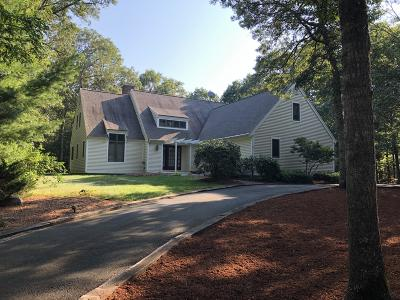 Mashpee Single Family Home For Sale: 127 West Way