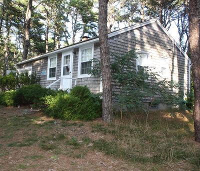 Wellfleet Condo/Townhouse For Sale: 25 Wixom Avenue #1