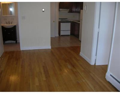 Somerville Condo/Townhouse Under Agreement: 81 Summer St #2