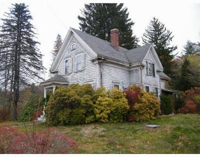 East Bridgewater Single Family Home Under Agreement: 386 Bedford