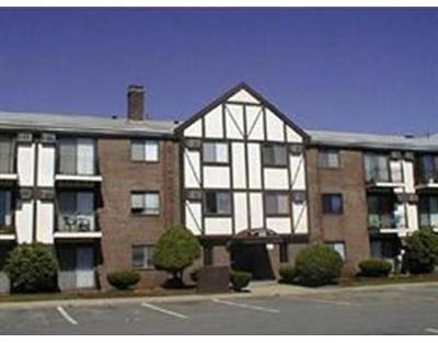 Randolph Condo/Townhouse Under Agreement: 59 Highland Glen Dr #317
