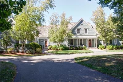 Medfield Single Family Home For Sale: 25 Orchard St