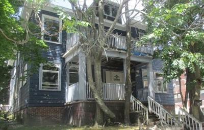 Multi Family Home Under Agreement: 87 Maple St