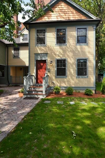 Somerville Single Family Home For Sale: 39-B Oxford St #Right