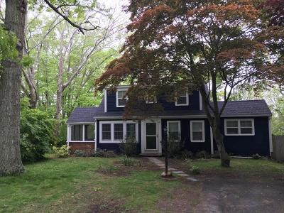 Barnstable Single Family Home For Sale: 43 Beechwood Rd