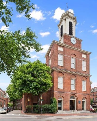 Single Family Home For Sale: 125 Mount Vernon Street