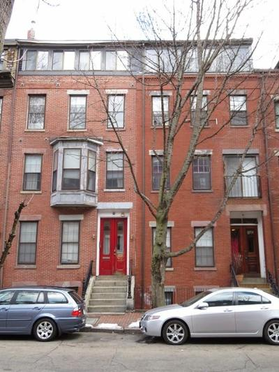 Single Family Home Under Agreement: 211-213 W Springfield St