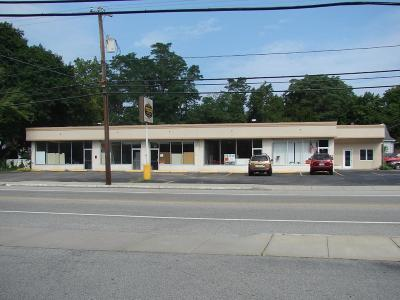RI-Kent County Commercial For Sale: 1237 West Shore Dr