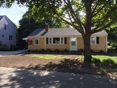 Falmouth Single Family Home For Sale: 35 Antlers Shore Drive