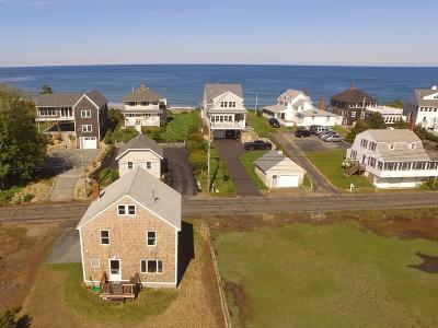 Duxbury Single Family Home For Sale: 56 Gurnet Rd