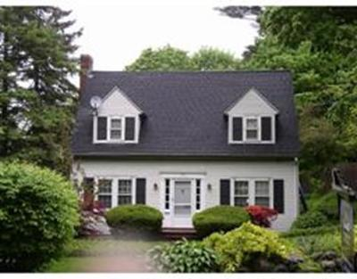 Wellesley Single Family Home Under Agreement: 142 Oakland St