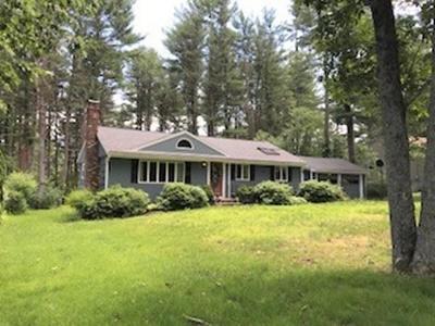 Hingham Single Family Home For Sale: 6 Farm Hills Lane