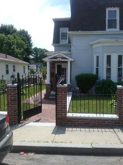 Single Family Home For Sale: 543 Beech St
