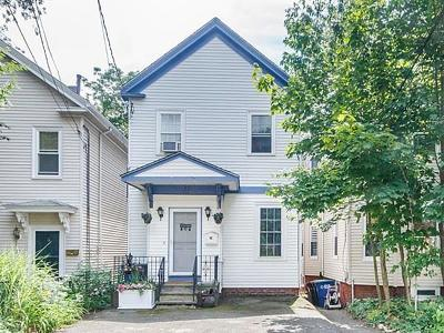 Somerville Single Family Home For Sale: 28 Berkeley St