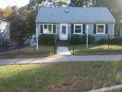 Braintree Single Family Home For Sale: 166 Walnut St
