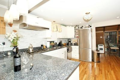 Dedham Single Family Home For Sale: 11 Reed St
