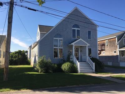 Marshfield Single Family Home For Sale: 50 Newport Street