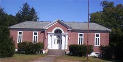 Stoughton Single Family Home For Sale: 882 Park St
